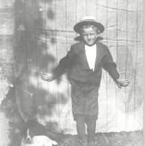 Image of Child and dog - Print, Photographic