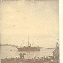 Image of People watching ship - Print, Photographic