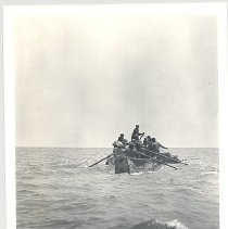 Image of Purse boat. - Print, Photographic