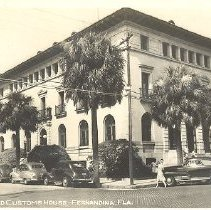 Image of Post Office and Customs House - Postcard