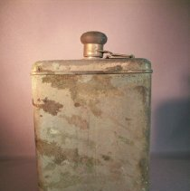 Image of tin flask - Flask, Pocket