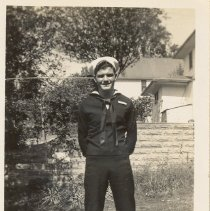 Image of Joe Dwinnell in summer 1944
