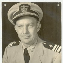 Image of LCDR Charles Sizer