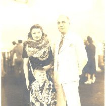 Image of Mr. and Mrs. S.F. Oden and Tom