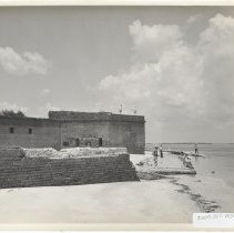 Image of Fort Clinch and visitors - Print, Photographic