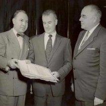 Image of Fernandina Officials holding Bonds - Print, Photographic