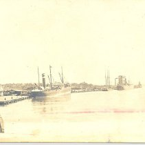 Image of Ships loading Phosphate at Fernandina. - Postcard