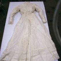 Image of White Morning dress - Dress