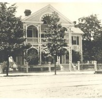 Image of Swann House on 6th and Centre Street. - Print, Photographic