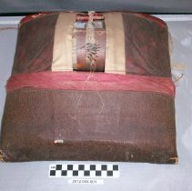 Image of Bobbin lace maker - Bobbin, Lace