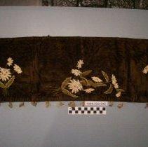 Image of Furniture scarf        - Scarf, Furniture