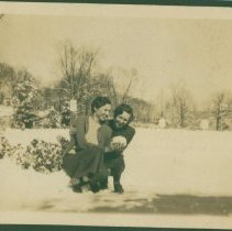 Image of Playing in the snow - Print, Photographic