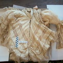 Image of Dressing gown worn by Margaret Carnegie Ricketson - Dress