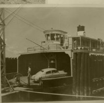Image of Ferry Boat Jean lafitte loading vehicles