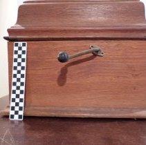 Image of 1900 (?) Edison Victrola - Crank, Phonograph