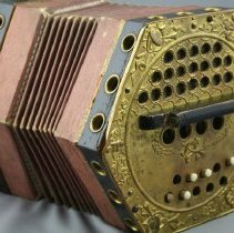 Image of 1952.4.4 - Concertina