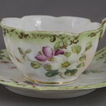 Image of 1971.40.78.2 - Tea Cup & Saucer
