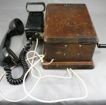 Image of 1972.63.1.4 - Telephone