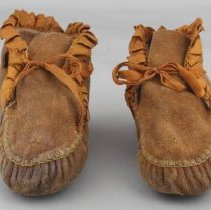 Image of 1975.40.21.2 - Moccasin