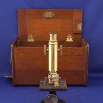 Image of 1975X.00.581.3 - Microscope