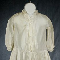 Image of 1977.109.2 - Dress