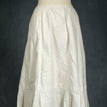 Image of 1978.23.4 - Petticoat