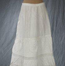 Image of 1978.23.5 - Petticoat