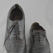 Image of 1980.26.1.2 - Shoe