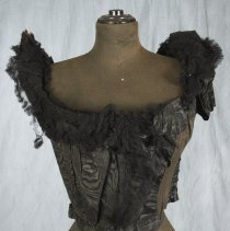 Image of 1981.46.17 - Bodice