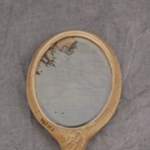 Image of 1982.15.1 - Mirror, Hand