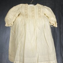 Image of 1982.70.1 - Dress