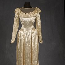 Image of 1983.32.1.1 - Gown, Wedding