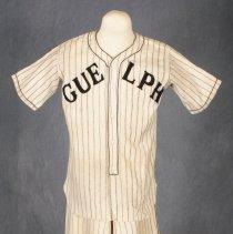 Image of 1983.58.2 - Shirt