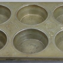 Image of Muffin Pan