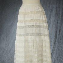 Image of 1984.105.2 - Petticoat