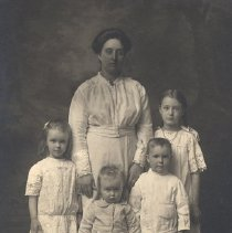 Image of Webster Family, c.1917