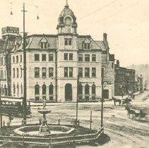 Image of St. George's Square & Wyndham