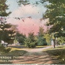 Image of Entrance to Riverside Park