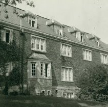 Image of 1988.24.11 - Photograph