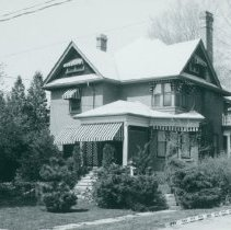Image of 1999.28.37 - Photograph