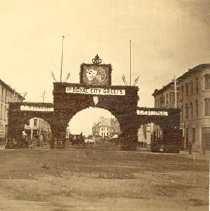 Image of Arch for Duke and Duchess, 190