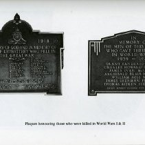 Image of Plaques Honouring those killed in World Wars I and II