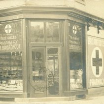 Image of Broadfoot's Pharmacy Postcard