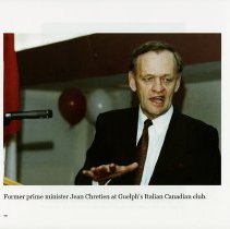 Image of Former Prime Minister Jean Cretien at the Italian Canadian Club