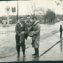 Image of 1948 Flood on Gordon St.