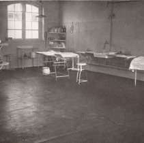 Image of Page 34 The Operation Theatre