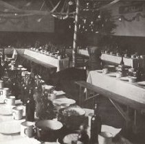 Image of Page 95 Mens mess Room at XMAS