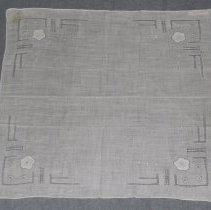 Image of 1981.62.4 - Handkerchief