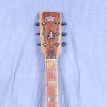 Image of 2013.42.1 - Guitar