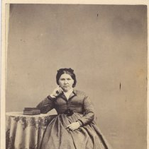 Image of M1991.9.2.113 - Photograph